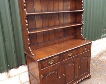 Large Antique Style Solid Oak Dresser SUPERB QUALITY