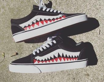 WOMENS's Sharkteeth Custom Vans Old Skools