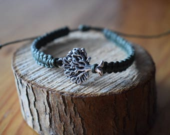 Macrium Bracelet with tree pendant