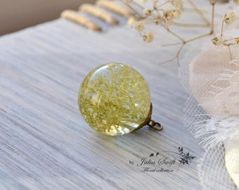 Real reindeer moss globe resin necklace, nature necklace, real flower necklace on a long chain