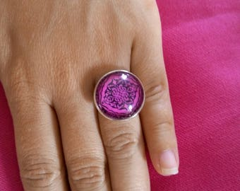 Baroque glass cabochon ring
