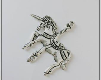 Large Unicorn, Unicorn, silver connector charm