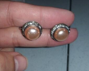 Pale pink and rhinestone screw back earrings