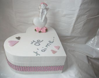 Pink or empty jewelry box pocket, Valentine's day or mother's day. gift idea, wedding, anniversary. Red and white Angel.