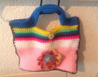 Allegra multicolor wool purse with flower decorative button closure, made of crochet and handmade