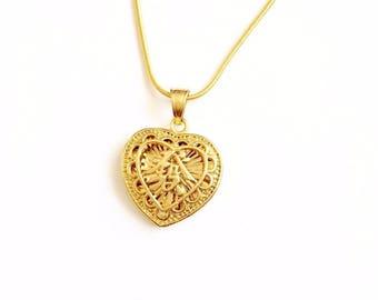 "90s Y2k 00s FA"" heart pendant necklace"