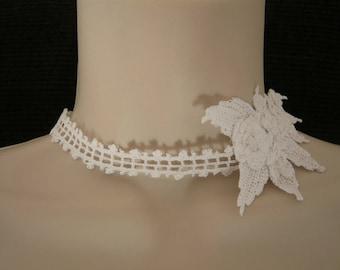 Wedding crochet flowers necklace
