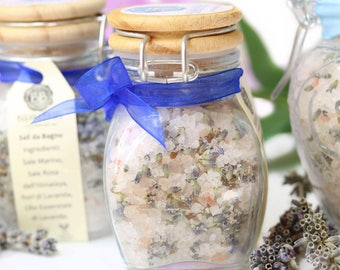 """""""Relaxing"""" bath salts with lavender"""