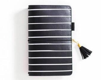 Beautiful black/white traveler journal. notebook,agenda