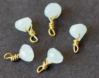 Gorgeous 1 small Pearl White saphire onion on vermeil wire