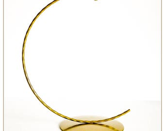 Christmas Bauble Stand, Metal Bauble Display, Ornament Display, Bauble Holder Solid Round Base Silver or Gold Option