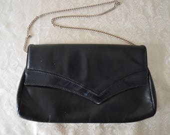Vintage 70's Black leather purse with silver chain strap