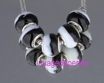 5 black and white lampwork glass beads 15mm murano style