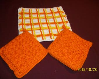 Crocheted Dishcloth w/ Potholders