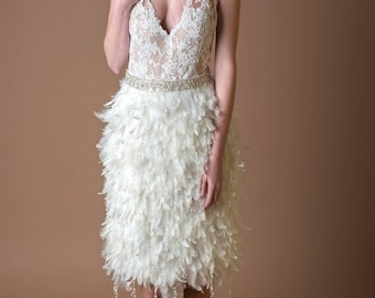 Short bridal gown.