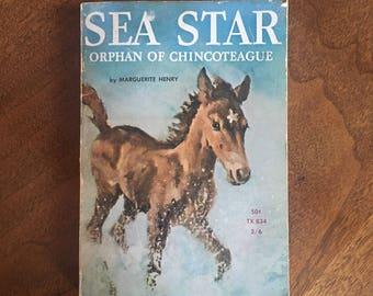Sea Star Orphan of Chincoteague | Marguerite Henry | Vintage Children's book | Scholastic