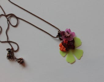 Green, pink and orange Choker necklace