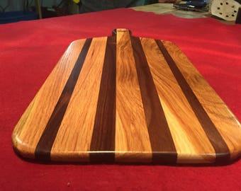 Walnut and oak staggered cutting board