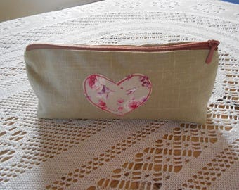 Coated linen with applied heart case