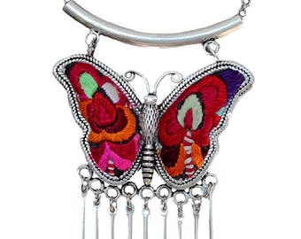 Colar de Prata de Borboleta/ Miao Silver Butterfly Necklace