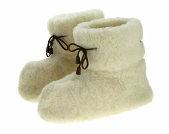 Fur sock slippers Women Men SHEEP WOOL moccasins woolen warm winter shoes indoor boots black white shearling slippers christmas natural gift
