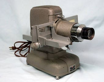 Vintage TDC Vivid Model D Projector, Slide Projector, Bell and Howell Co., Vintage Movies, Mid Century, Vintage Photography, Three Dimension
