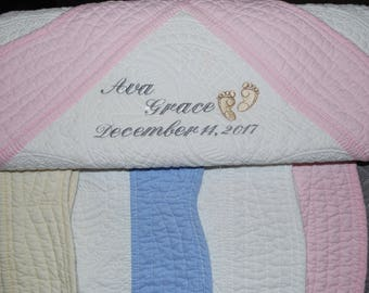 Baby Quilts,   Newborn gifts,   Embroidered quilts,   Monogrammed quilts,   Baby blankets,   Custom blankets,   Personalized quilt