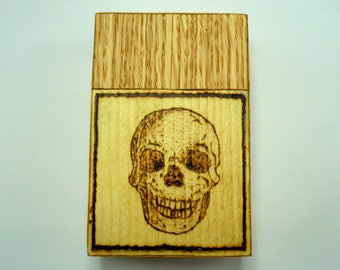 Wooden cigarette box (oak and spruce wood) with burned in skull