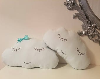 Couple of cloud pillow