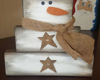 Wooden stacked snowman