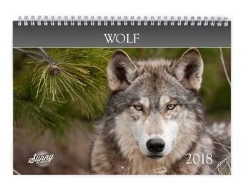 Wolf 2018 Wall Calendar