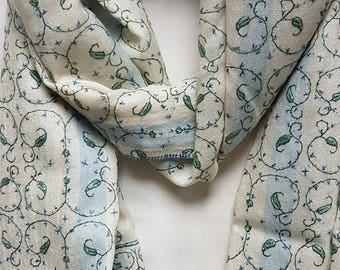 Miniature Paisley Embroidery Two Shade Scarf - Cream
