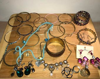 Jewelry Mix,Bracelets, Earrings, Chains for Women,Of all types mixed, Lot 1
