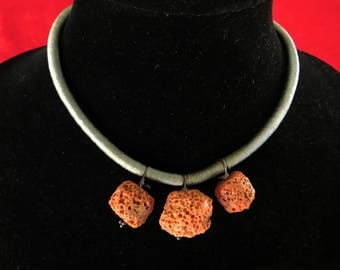 Choker with Three Pendants of Rare Sponge Coral on a Gray Silken Cord