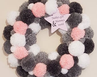 Pom pom baby girl wreath, wreath with plaque, pink grey & white wreath, baby shower gift, wall art, wall hanging, home decor, girl plaque