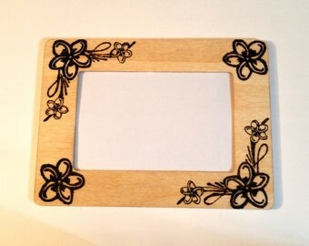Flowers Woodburnt Picture Frame 4x6