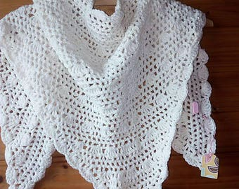 Romantic white scarf/crochet triangle scarf/vintage scarf/shawl/white wedding shawl