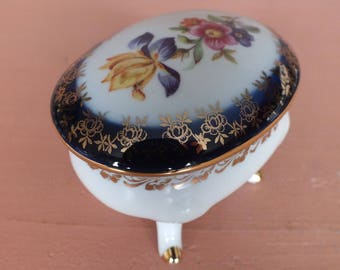 Oval-Shaped Lidded Porcelain Box / PM Friedrich Eger & Co / Germany