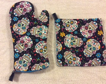 Sugar Skulls Oven Mitts and Hot Pads