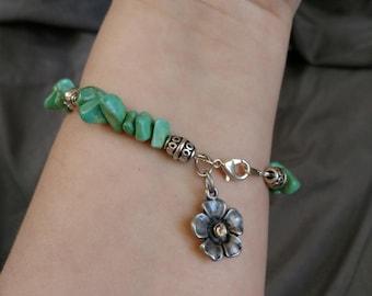 Howlite Flower Bracelet