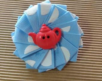 Folded ribbon flower hairclip