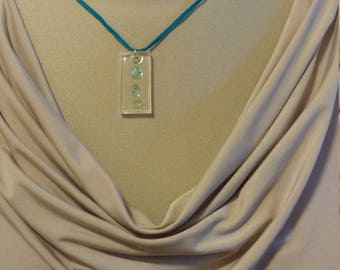 Blue apatite resin necklace