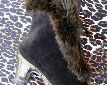 Vintage 1940s Rain Boots Black 40s Galoshes Over Shoes Black Velvet Fur Trim Wool Lined US