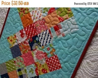 20% Off Sale Happy Days Table Runner Quilt