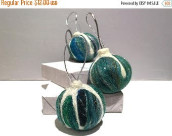KIT SALE Christmas tree ornament, Vintage Inspired, wool felt ornament, green white silver, holiday decor