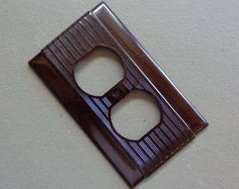 Vintage NOS Hubbell Outlet Switch Cover Plate Dark Brown Bakelite Deco Ribbed Design