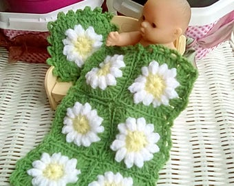 Tiny Doll Daisy Blanket and Pillow, Handmade, Crochet Blanket in 3ply yarn, Miniature blanket and pillow