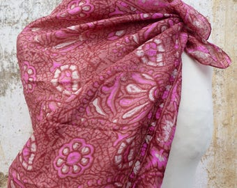 Vintage 1970/70s Ethnic boho hippie  Indian burgundy silk scarf