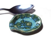 Coffee Spoon Rest Ceramic Pottery Kitchen Housewares Small Teaspoon Rest Blue Green Dish Practical Home Office Man Woman Gift Table Top