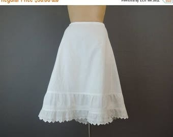 20% Sale - Vintage Cotton Petticoat, 28 inch waist, 1900s Edwardian White Cotton Slip